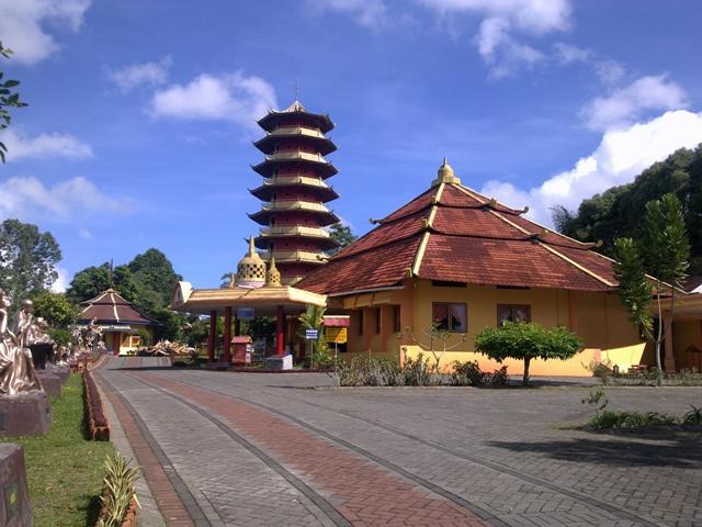 pagoda Pagoda Ekayana